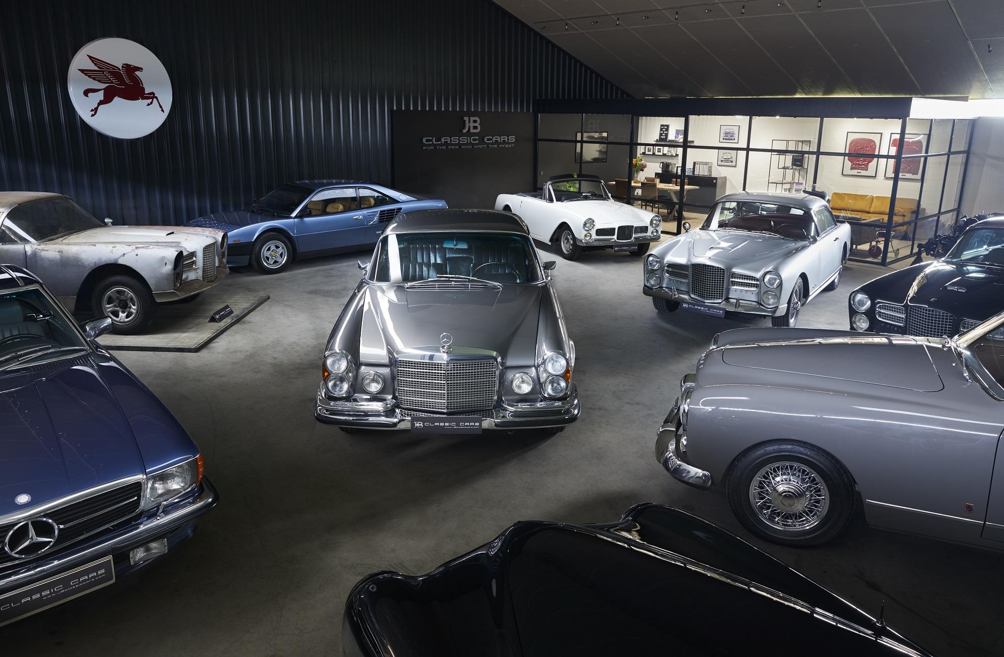 JB Classic Cars - showroom (18) - kopie